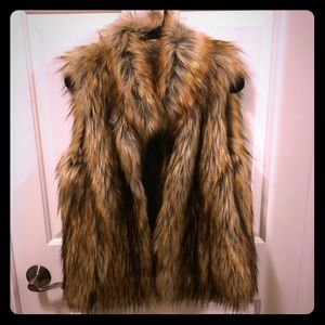 BB Dakota faux fur vest. Like new. Small